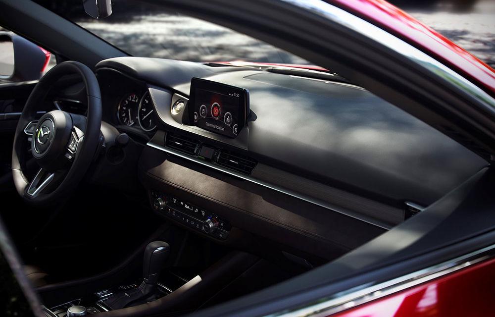 Mazda6 primește îmbunătățiri noi: design ușor revizuit și modificări în ceea ce privește comportamentul dinamic - Poza 16