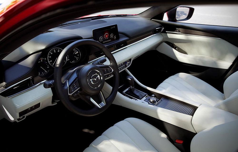 Mazda6 primește îmbunătățiri noi: design ușor revizuit și modificări în ceea ce privește comportamentul dinamic - Poza 17