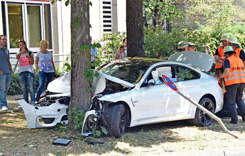 Țeapa dată de samsari: 6% din maşinile second-hand aflate la vânzare online au fost daune totale - Poza 1