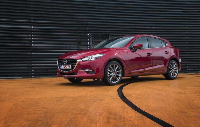Test drive Mazda 3 facelift
