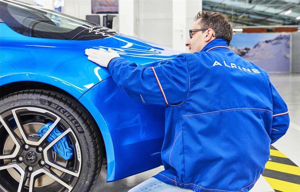 Alpine A110 a intrat pe linia de producție: sportiva de 252 CP este asamblată în cadrul uzinei din Dieppe - Poza 6