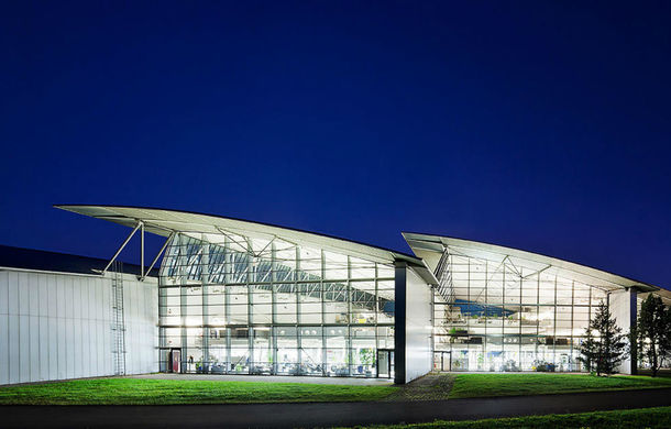 Mercedes va deschide un centru de design în Franța: nemții vor să deseneze mașini pe Coasta de Azur - Poza 1