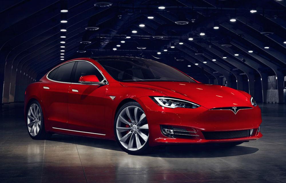 O firmă olandeză de taxi vrea să-și vândă flota de Tesla Model S: mașini cu 200.000 km la bord și prețuri de 40.000 de euro - Poza 1