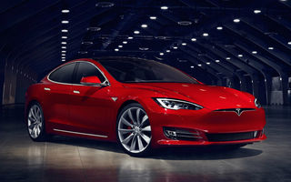 O firmă olandeză de taxi vrea să-și vândă flota de Tesla Model S: mașini cu 200.000 km la bord și prețuri de 40.000 de euro