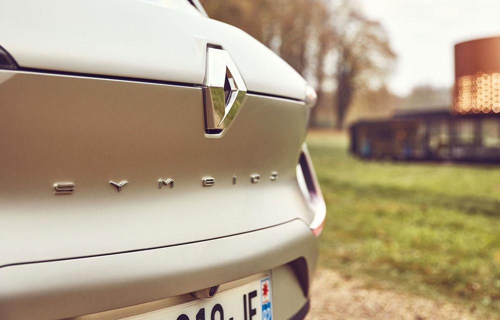 Ziua în care am călătorit în viitor: test în trafic real cu prototipul autonom Renault Symbioz - Poza 3