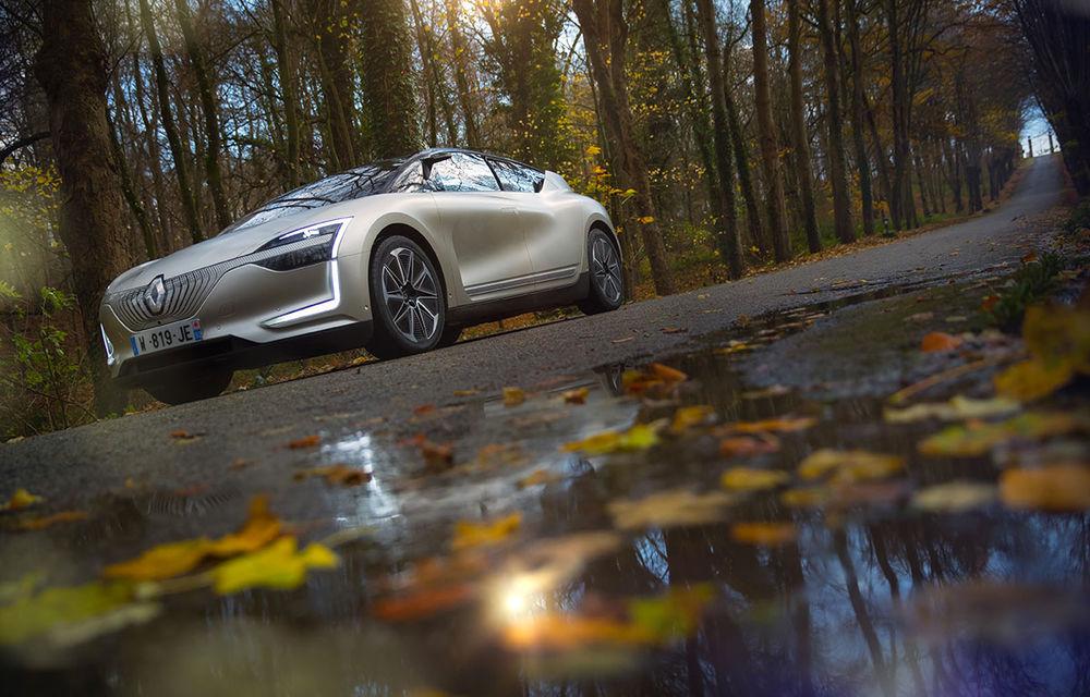 Ziua în care am călătorit în viitor: test în trafic real cu prototipul autonom Renault Symbioz - Poza 73