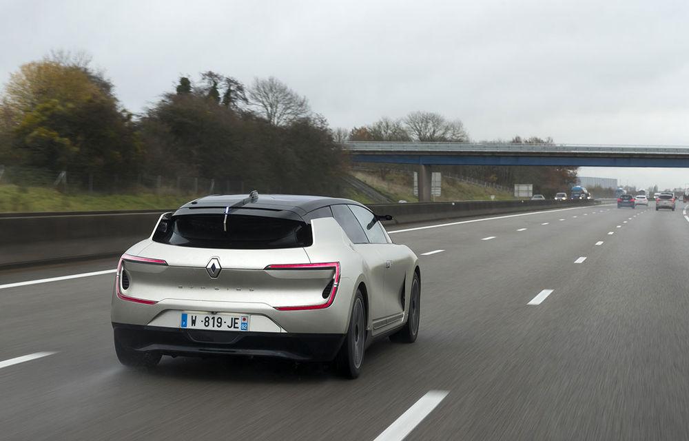 Ziua în care am călătorit în viitor: test în trafic real cu prototipul autonom Renault Symbioz - Poza 78