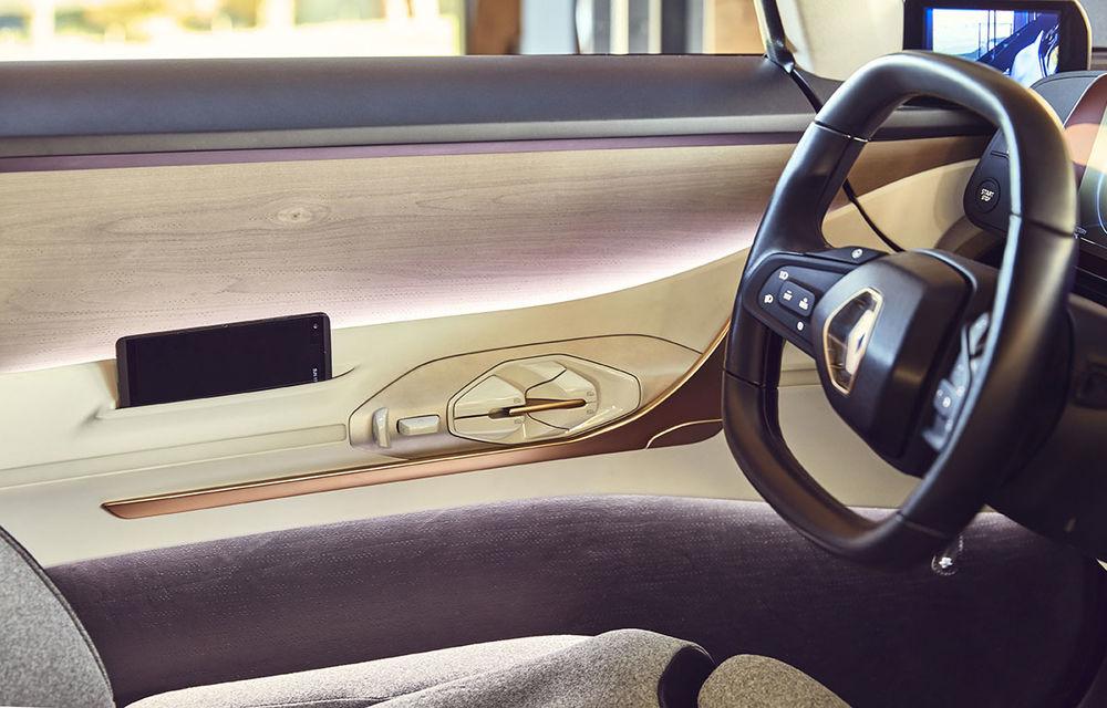 Ziua în care am călătorit în viitor: test în trafic real cu prototipul autonom Renault Symbioz - Poza 19