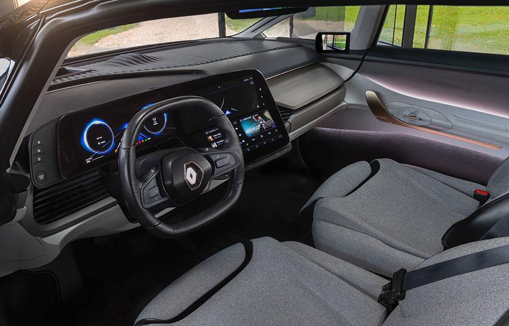 Ziua în care am călătorit în viitor: test în trafic real cu prototipul autonom Renault Symbioz - Poza 59