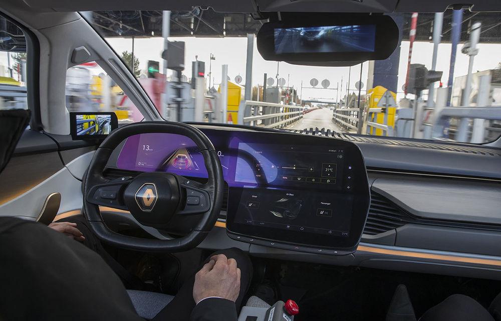 Ziua în care am călătorit în viitor: test în trafic real cu prototipul autonom Renault Symbioz - Poza 53
