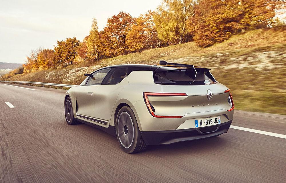 Ziua în care am călătorit în viitor: test în trafic real cu prototipul autonom Renault Symbioz - Poza 45