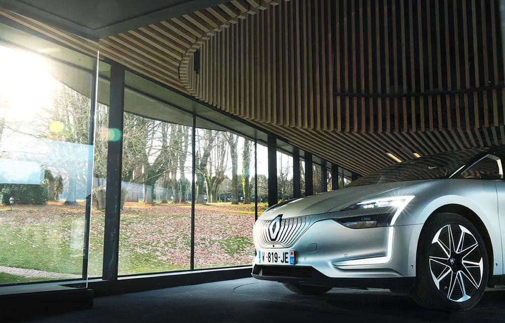 Ziua în care am călătorit în viitor: test în trafic real cu prototipul autonom Renault Symbioz - Poza 65