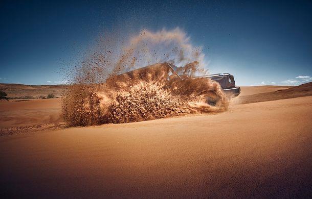 Mercedes-Benz Clasa G: noi imagini teaser cu modelul care debutează în 15 ianuarie - Poza 1