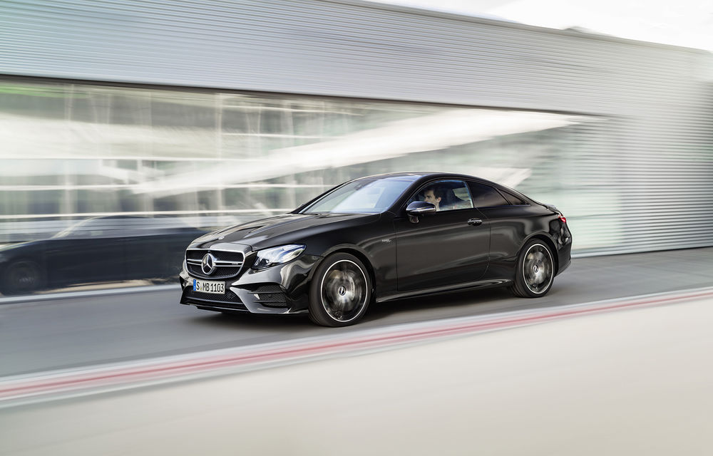 Un nou membru în familia Mercedes-AMG: nemții lansează seria 53 AMG cu 435 CP și sistem micro-hibrid pentru CLS, Clasa E Coupe și Clasa E Cabriolet - Poza 22