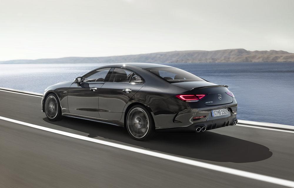 Un nou membru în familia Mercedes-AMG: nemții lansează seria 53 AMG cu 435 CP și sistem micro-hibrid pentru CLS, Clasa E Coupe și Clasa E Cabriolet - Poza 2