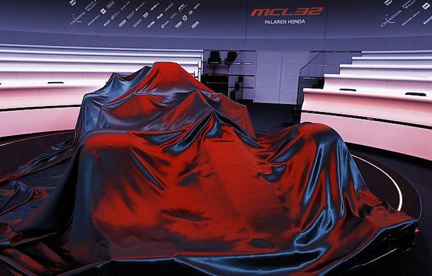 Concurență directă cu Ferrari: Mercedes lansează noul monopost pentru 2018 în 22 februarie, iar McLaren în 23 februarie - Poza 1