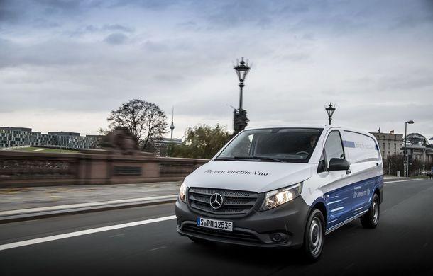 Mercedes anunță vânzări record pentru divizia de vehicule comerciale: peste 400.000 de unități livrate în 2017 - Poza 1
