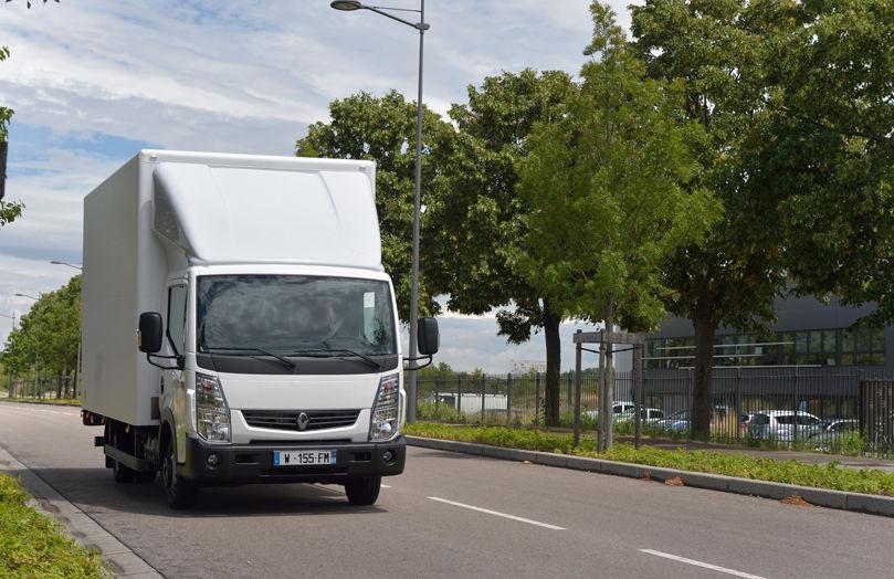 Renault Trucks va începe să vândă vehicule comerciale electrice de anul viitor: modele precum Renault Maxity vor fi produse în Franța - Poza 1