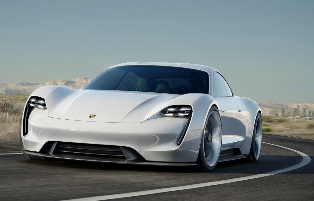 Porsche Mission E va primi mai multe versiuni: germanii anunță investiții de 6 miliarde de euro în mașini electrice - Poza 1