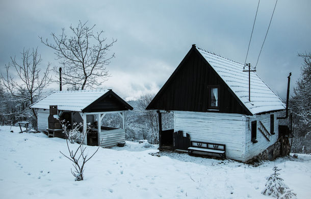 Cu noul Duster în creierii munților: măreția Apusenilor, un Duster cu lanțuri și metamorfoza corporatistului de la Carpathian Cottage - Poza 41