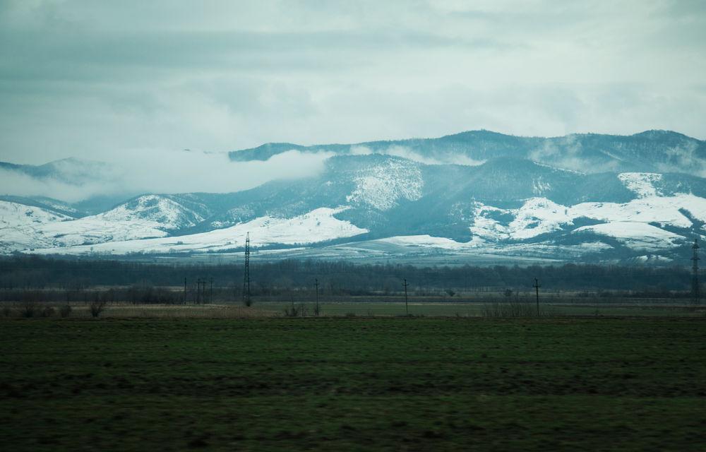 Cu noul Duster în creierii munților: măreția Apusenilor, un Duster cu lanțuri și metamorfoza corporatistului de la Carpathian Cottage - Poza 4