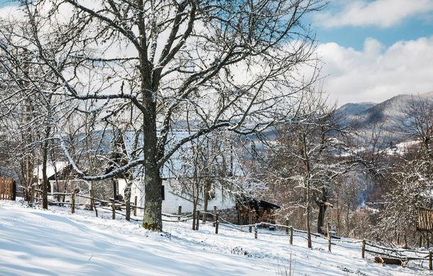 Cu noul Duster în creierii munților: măreția Apusenilor, un Duster cu lanțuri și metamorfoza corporatistului de la Carpathian Cottage - Poza 35