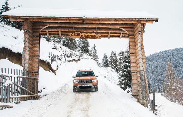 Cu noul Duster în creierii munților: blestemul navigației, pierduți prin zăpadă și căldura de la Casa Răzeșilor - Poza 15