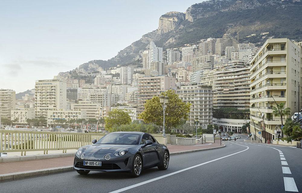 Alpine A110 Pure și A110 Légende: două versiuni speciale dedicate primului coupe din relansata gamă a mărcii franceze - Poza 4