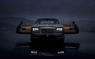 Rolls-Royce lansează ediția specială Wraith Luminary: 55 de unități cu plafon cu stele căzătoare și accesorii acoperite cu țesătură din oțel