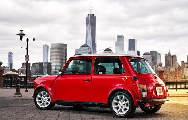 Arc peste timp: un Mini clasic a fost transformat într-un vehicul 100% electric - Poza 6
