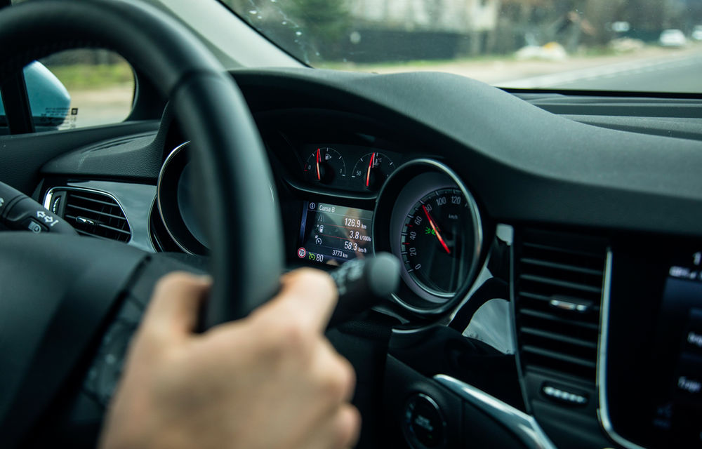 Test de consum cu Opel Astra Sports Tourer diesel: chiar și 160 de cai putere îți pot oferi un consum de 3.3 litri/100 km - Poza 15