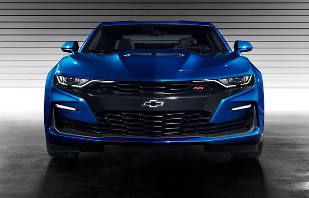 Chevrolet Camaro facelift: muscle car-ul a primit modificări estetice și tehnologii noi - Poza 3