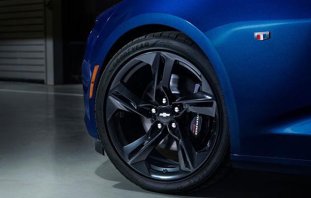 Chevrolet Camaro facelift: muscle car-ul a primit modificări estetice și tehnologii noi - Poza 6