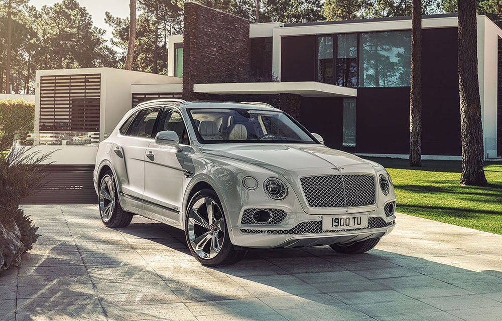 """Șeful Bentley pregătește o strategie nouă: """"Trebuia să fim mai pregătiți pentru era mașinilor electrice"""" - Poza 1"""