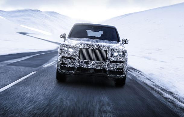 Rolls-Royce Cullinan mai face un pas către debut: teaser cu SUV-ul britanic ce va fi dezvăluit pe 10 mai - Poza 4