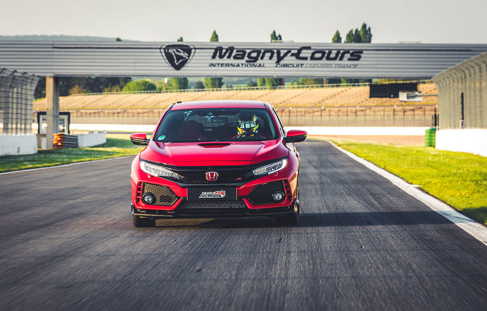 """""""Type R Challenge 2018"""" începe cu un succes: Honda Civic Type R e cea mai rapidă mașină de serie cu roți motrice față pe circuitul Magny Cours - Poza 1"""