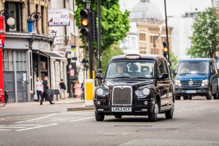 """Cercetătorii britanici lovesc din nou: """"Mașinile electrice reduc stresul șoferilor și au beneficii asupra sănătății"""" - Poza 1"""