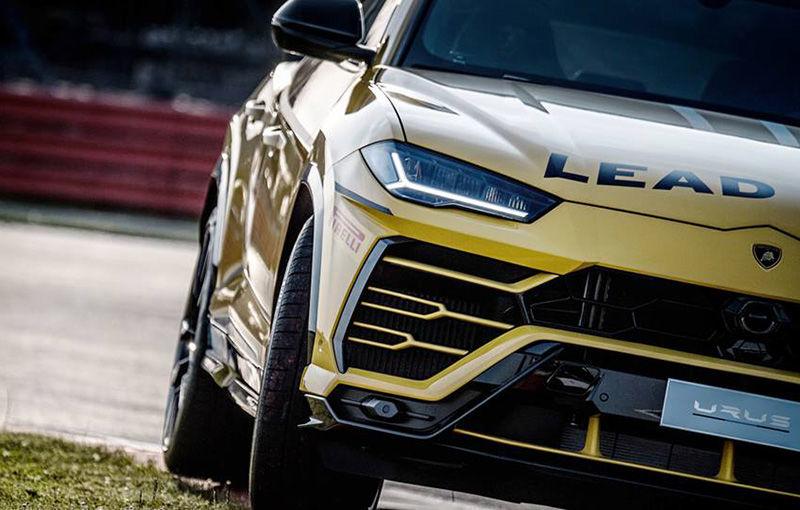 Lamborghini Urus ajunge pe circuit: SUV-ul de 650 CP este lead car în competiția Super Trofeo Europe - Poza 5