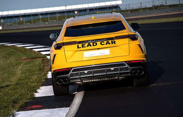 Lamborghini Urus ajunge pe circuit: SUV-ul de 650 CP este lead car în competiția Super Trofeo Europe - Poza 6