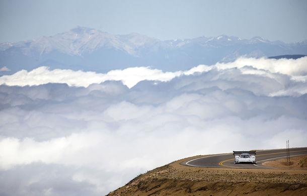 Record doborât: prototipul electric Volkswagen ID R a depășit cu 16 secunde timpul istoric de referință pe urcarea de la Pikes Peak - Poza 5