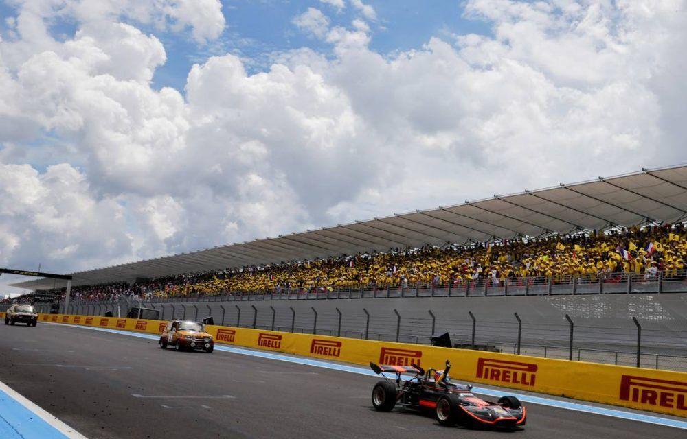 Allons enfants de la Patrie! Cum a sărbătorit Renault revenirea Franței în calendarul Formulei 1 - Poza 12
