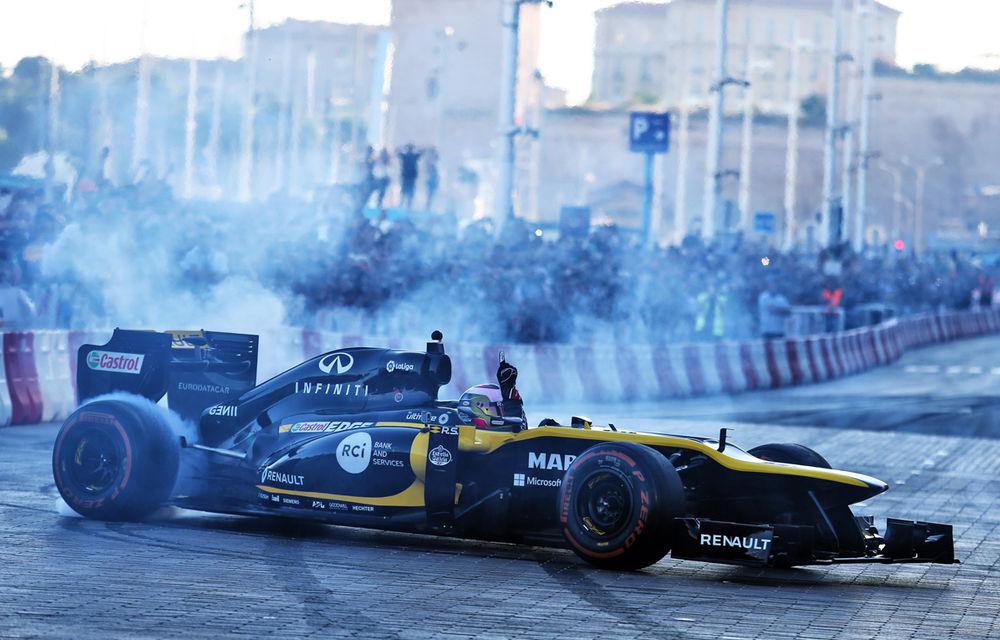 Allons enfants de la Patrie! Cum a sărbătorit Renault revenirea Franței în calendarul Formulei 1 - Poza 33
