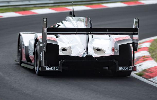 Porsche a doborât recordul all-time pe Nurburgring: prototipul 919 Hybrid Evo a parcurs Iadul Verde în 5 minute și 19.55 secunde - Poza 5