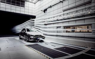 Primele imagini cu viitorul Mercedes-Benz Clasa A Sedan: noul model debutează până la finalul anului și va avea cel mai bun coeficient aerodinamic din segment