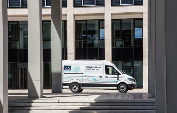 Primii pași în noua eră: MAN eTGE, utilitara electrică gândită pentru livrări urbane, și convoiul de camioane conectate ale producătorului bavarez - Poza 5