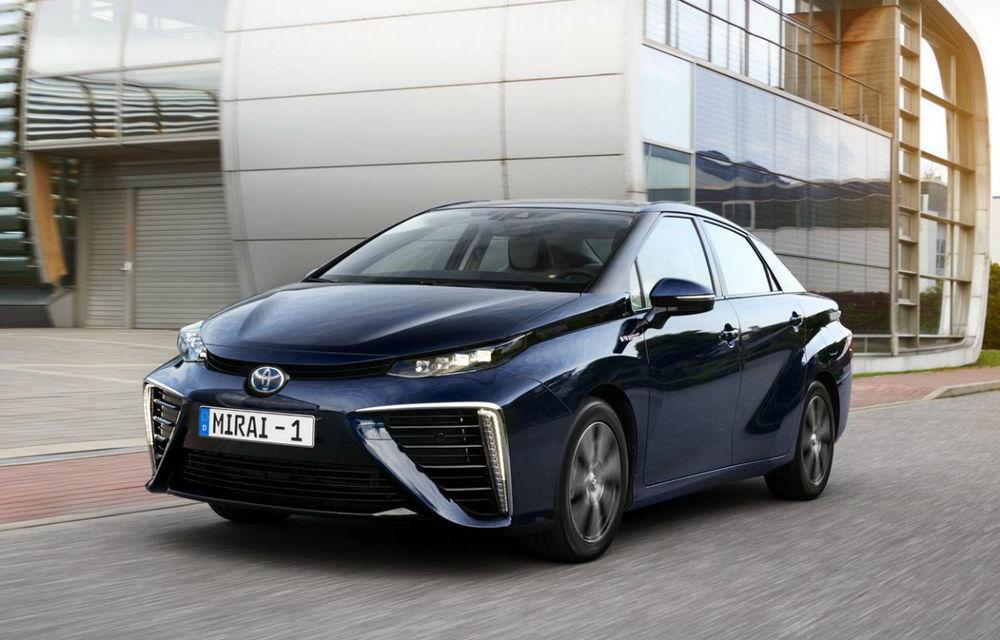 Toyota va începe producția în masă a mașinilor electrice cu hidrogen: japonezii vor lansa SUV-uri cu autonomii de până la 1.000 km - Poza 1