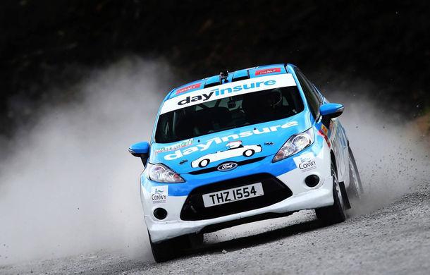 Campanie de promovare dusă la extrem: un Ford Fiesta pregătit pentru raliuri coboară pe tiroliană în Țara Galilor - Poza 8