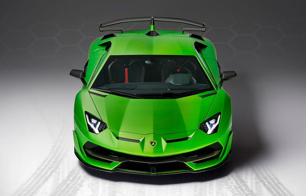 Lamborghini Aventador SVJ, imagini și detalii oficiale: supercar-ul italienilor are direcție integrală, 770 CP și o viteză maximă de peste 350 km/h - Poza 4