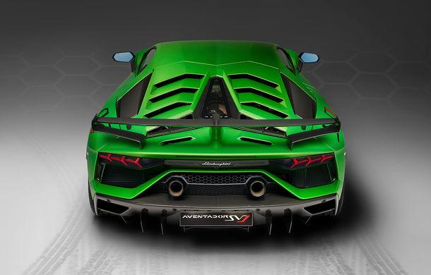 Lamborghini Aventador SVJ, imagini și detalii oficiale: supercar-ul italienilor are direcție integrală, 770 CP și o viteză maximă de peste 350 km/h - Poza 8