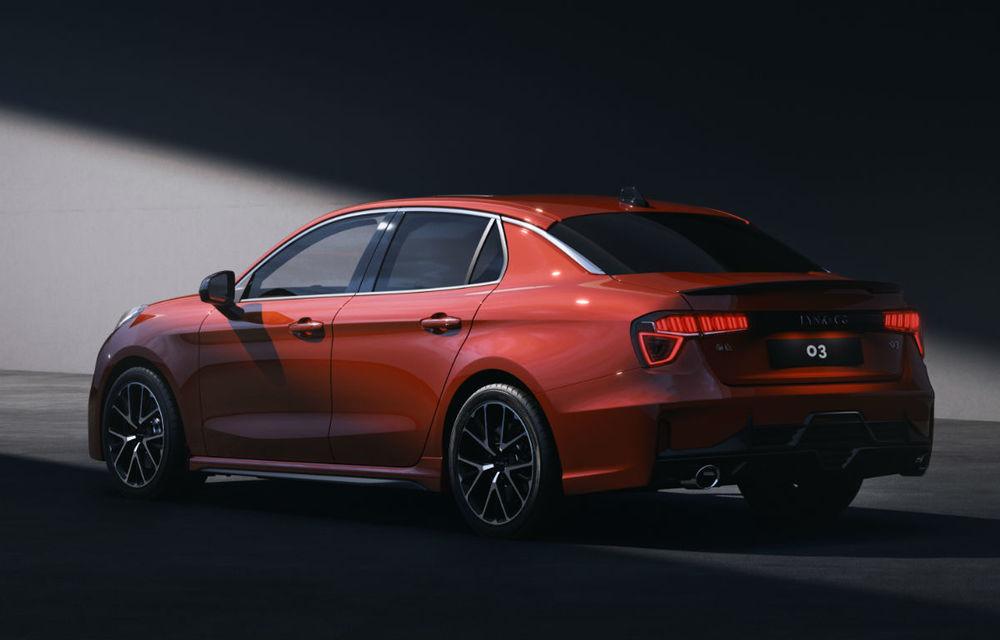 Primul sedan al chinezilor de la Lynk&Co, dezvăluit complet: interior modern, platformă Volvo și versiune hibridă - Poza 4